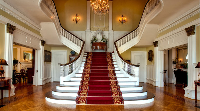 Tips-for-Creating-a-Dramatic-Staircase